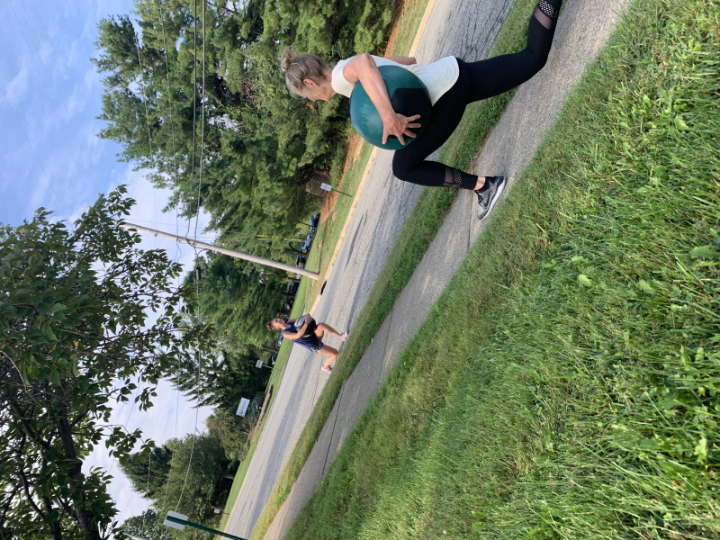 Mb lunge -